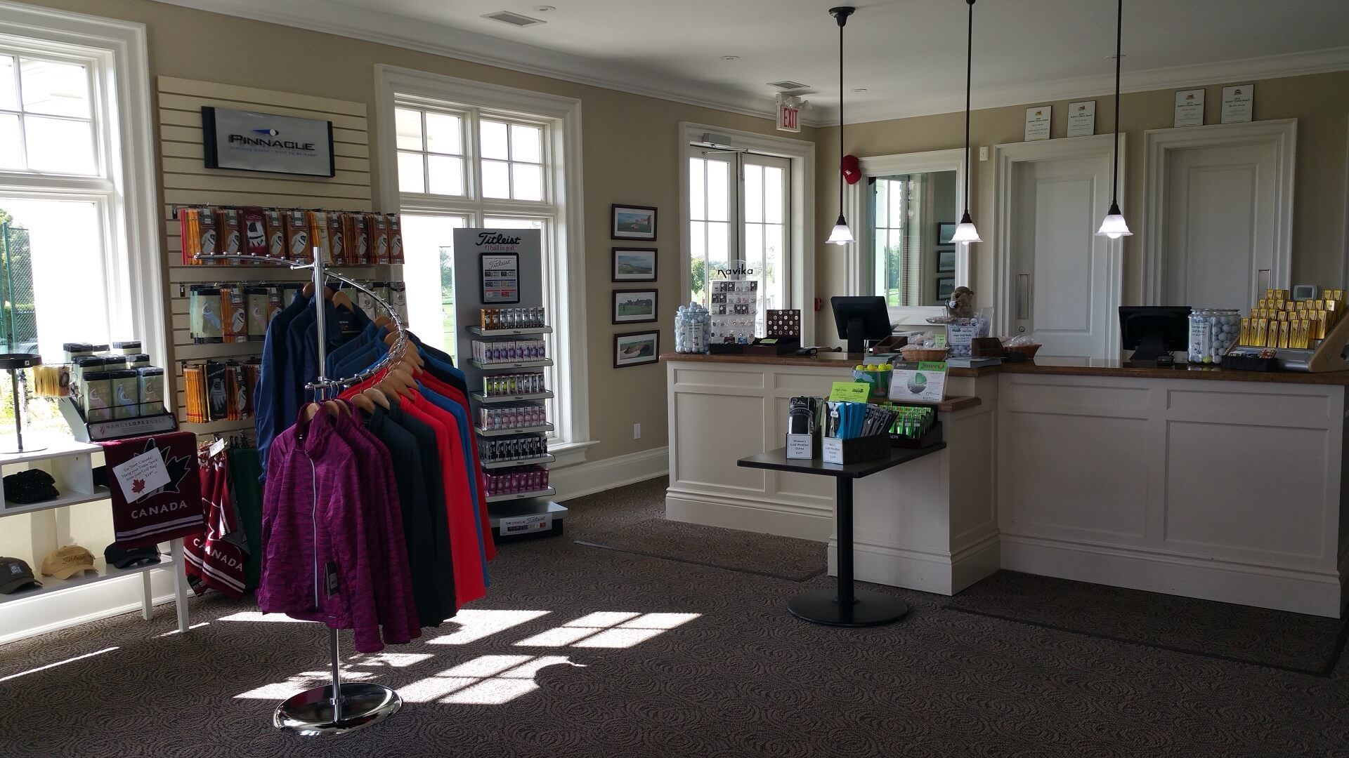 oakville executive golf shop
