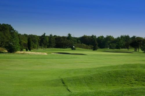 Angel's View - Oakville Executive Golf